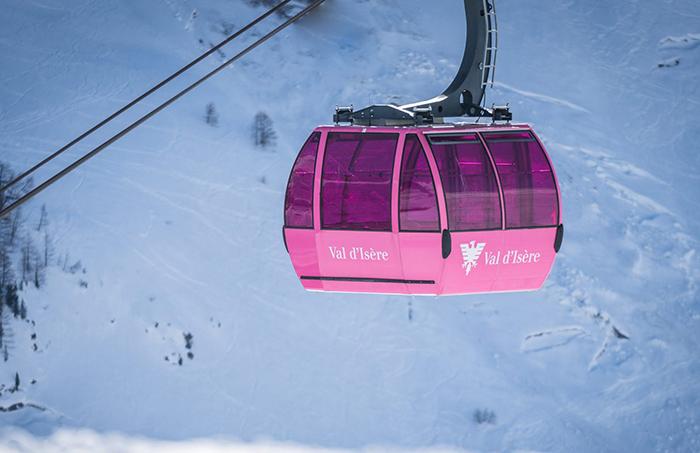 Skier-Activities-in-Val-d'Isère