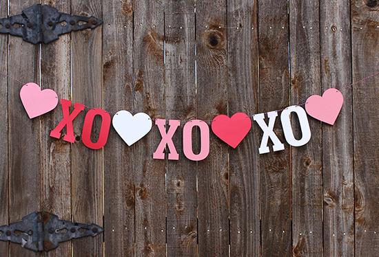 St-Valentine-DIY-Paper-Garland-ideas