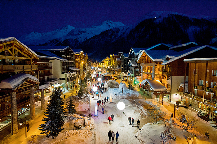 Romantic Val d'Isere streets at night