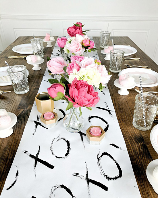 Valentine's-Day-Table-deocr-ideas