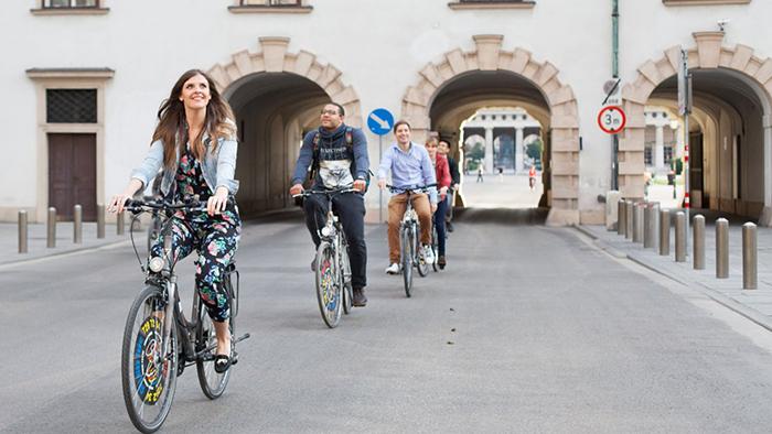 Friends on Bikes in Vienna for city bike tour