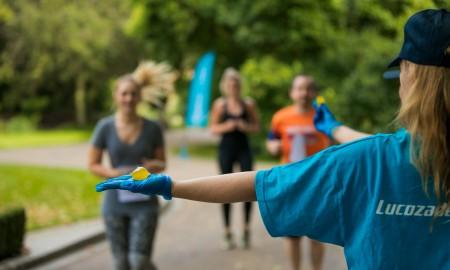 Woman giving a runner Ooho water
