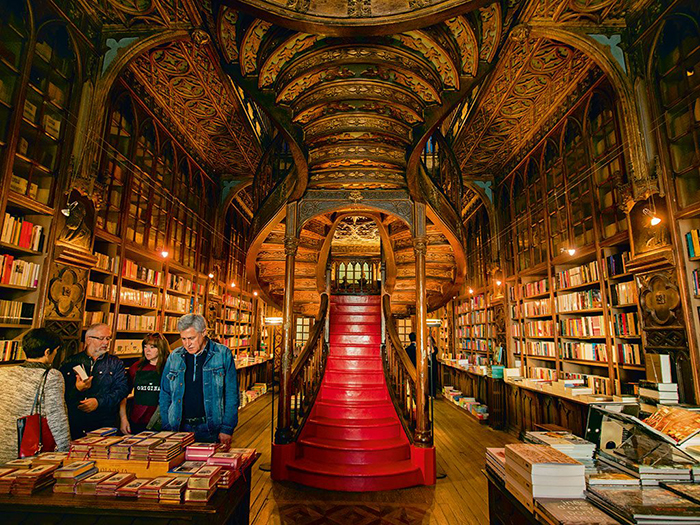 Bookstore Livraria Lello Stairs