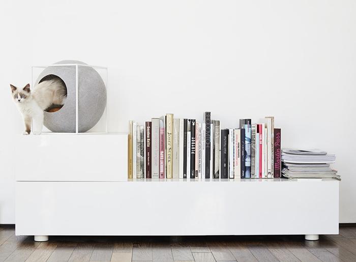 Cat in a cubic pet house Scandinavian Design