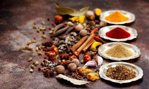 Different spices and the ingredients they are made of