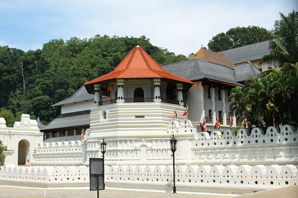 Typical Sri Lanka style hotel in Kandy