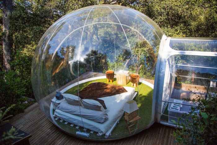 Bubble tents with breathtaking view