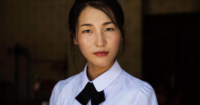 Beautiful North Korean woman