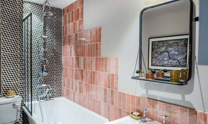 bathroom interior with a mirror