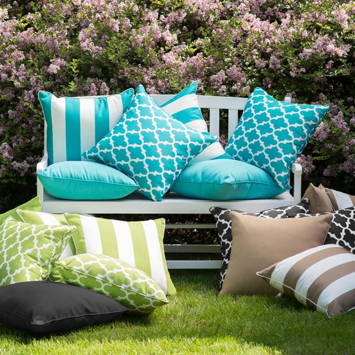 garden bench with pillows