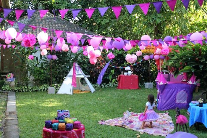 outdoor kids birthday party purple decor