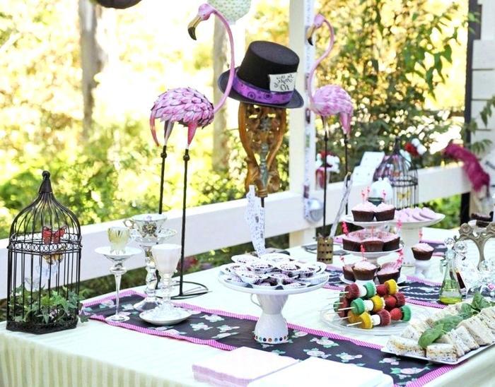 party decoration supplies