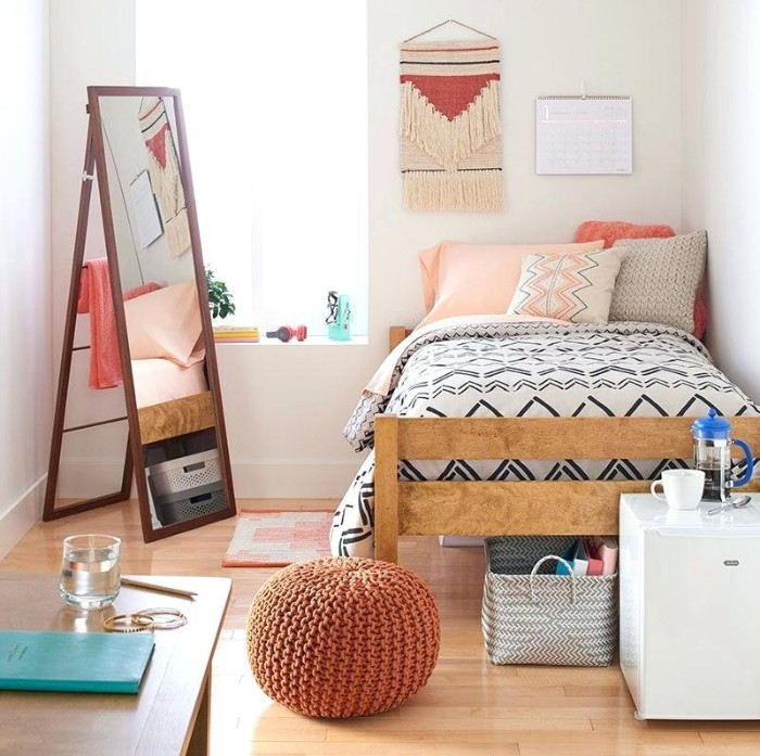 girl youth bedroom with pink accents