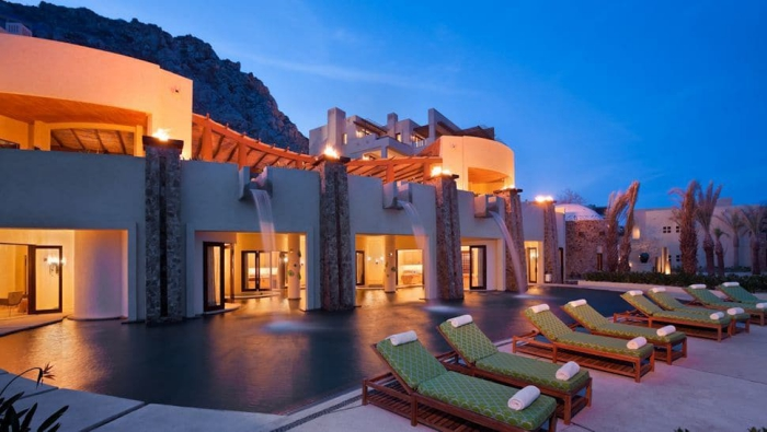 Auriga Spa Mexico terrace in the evening relax outdoor pool area