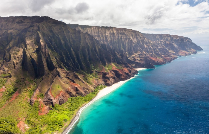 NaPali Coast Hawaii long coastline white sandy beach high cliffs