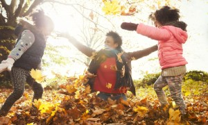 Family autumn outdoor activities ideas