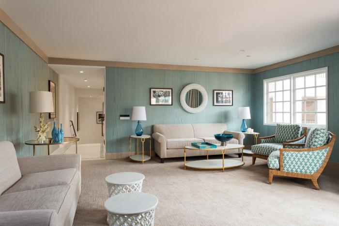 Spa area Island Spa Catalina elegant modern light interior in blue and grey