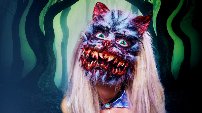 Unconventional Halloween costumes zombie cat blond wig