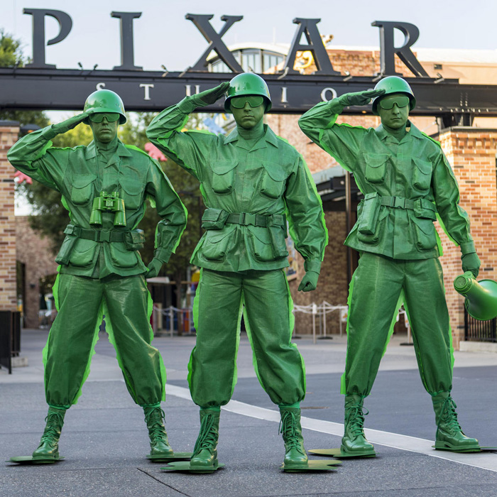 army-men-from-Toy-Story-halloween-costume-ideas