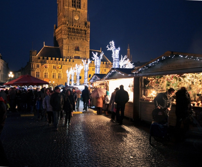 Bruges Christmas Market at night people shopping
