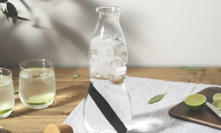 Better water jug Black + Blum Eau Carafe