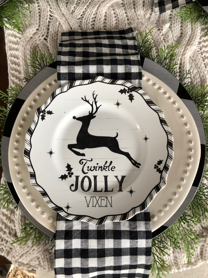 Christmas rustic table decoration woven cloth decorated plates