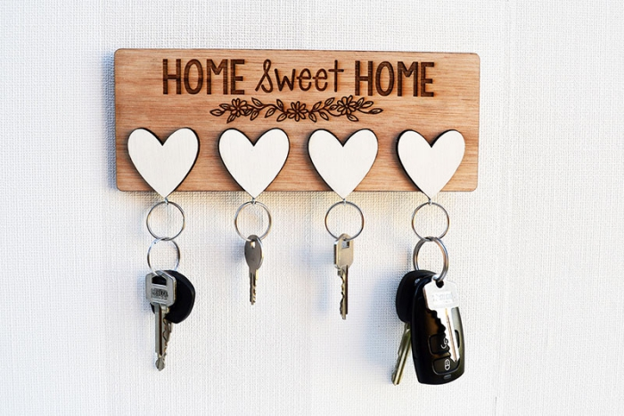 Housewarming gifts ideas personalized key hanger with white hearts