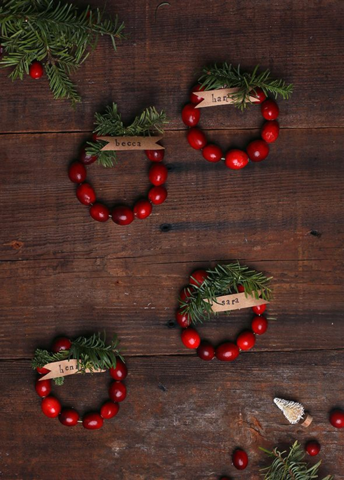 Cranberry Christmas natural decorations bracelets green branches