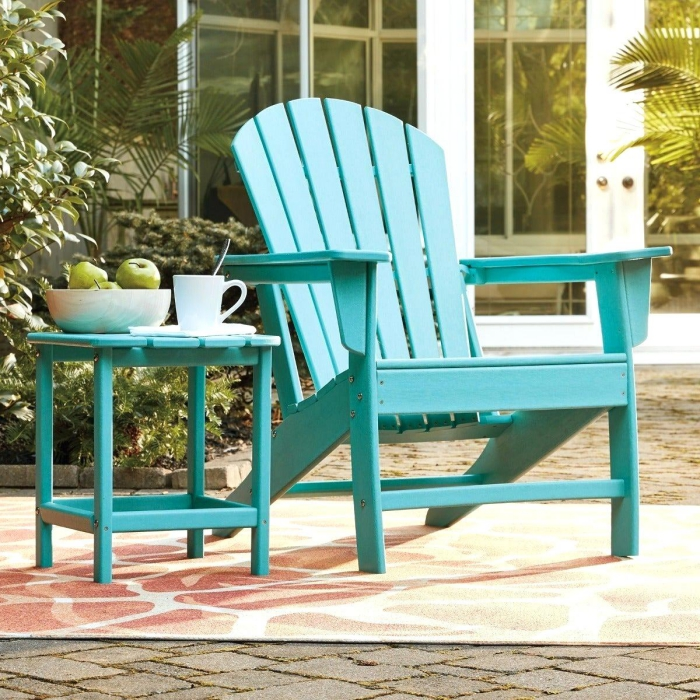 Furniture for small patio chair and coffee table in lght blue