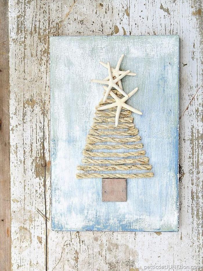 Rope Tree DIY Christmas card idea light blue card with sea stars
