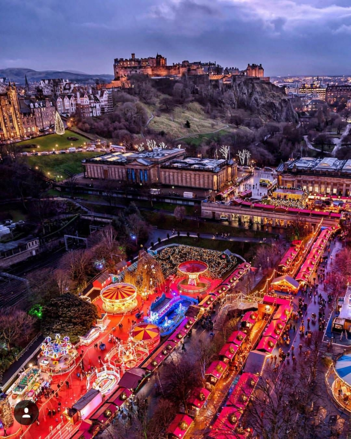 Christmas halfpenny getaway Scotland view from above market town castle