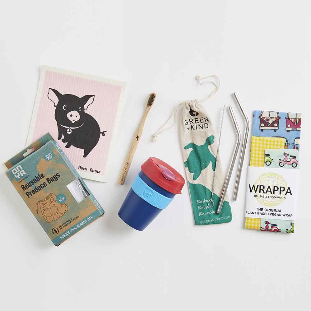 Starter kit for zero waste Christmas eco-friendly gifts ideas reusable bags mug toothbrush wrapping paper straws