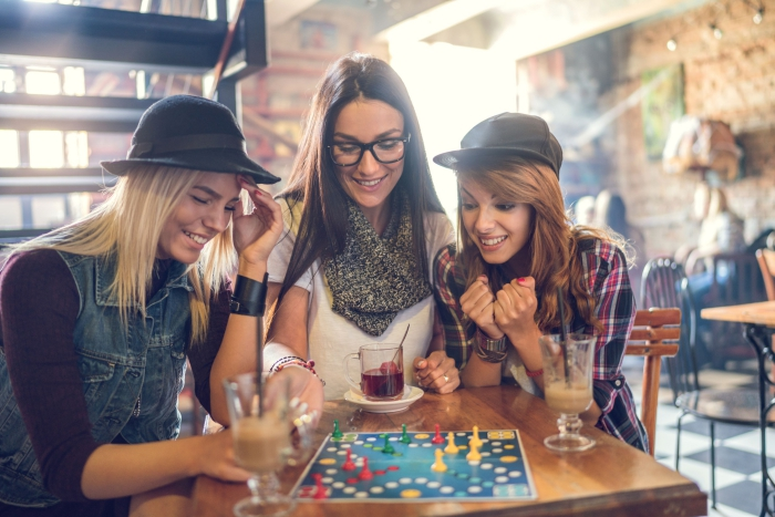 5 Party Adult Games that will Entertain Your Guests