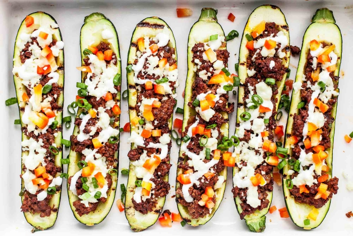 Low carb dinner zucchinni boats with beans and other vegetables