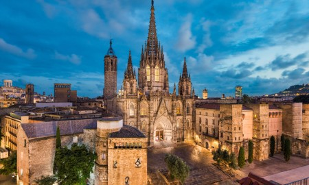 Gothic houses for sale now Barri gotic