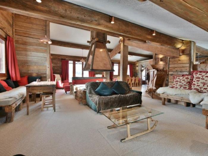 La Ferme du Soleil cabin interior ideas wooden interior