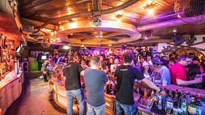 Nightlife in Livigno full club var tenders