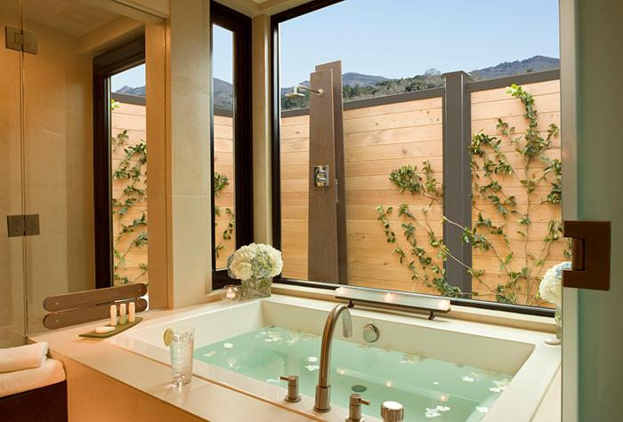 Bardessono hotel room bathtub outdoor shower