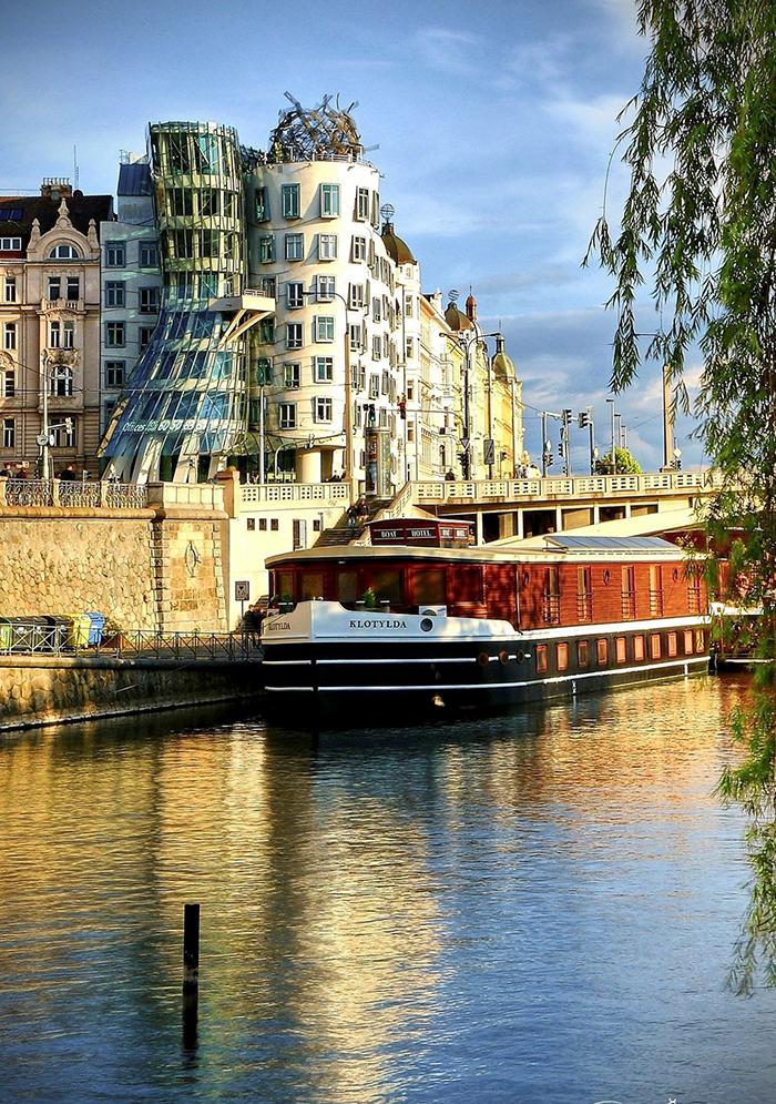 Dancing House Prague river cruise big ship modern prague architecture