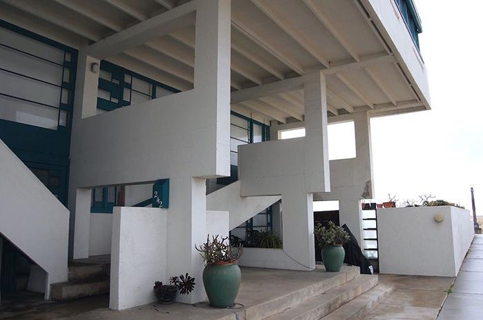 Lovell Beach House Mid Century Modern Home facade