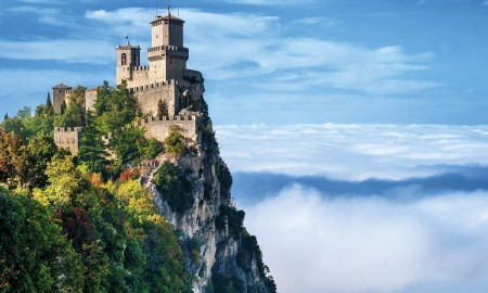 The oldest country in the world San Marino castle