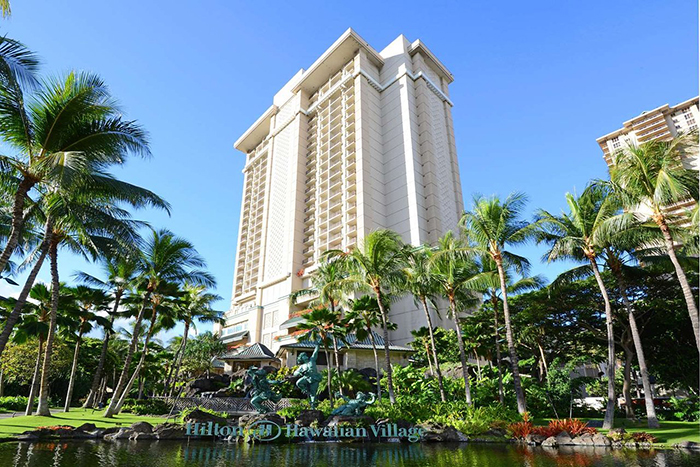 Hilton Hawaii Resort Building exterior park and lake