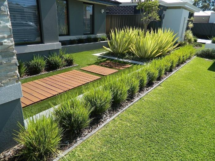 Summer Garden Décor Ideas modern front yard green plants and sophisticated design