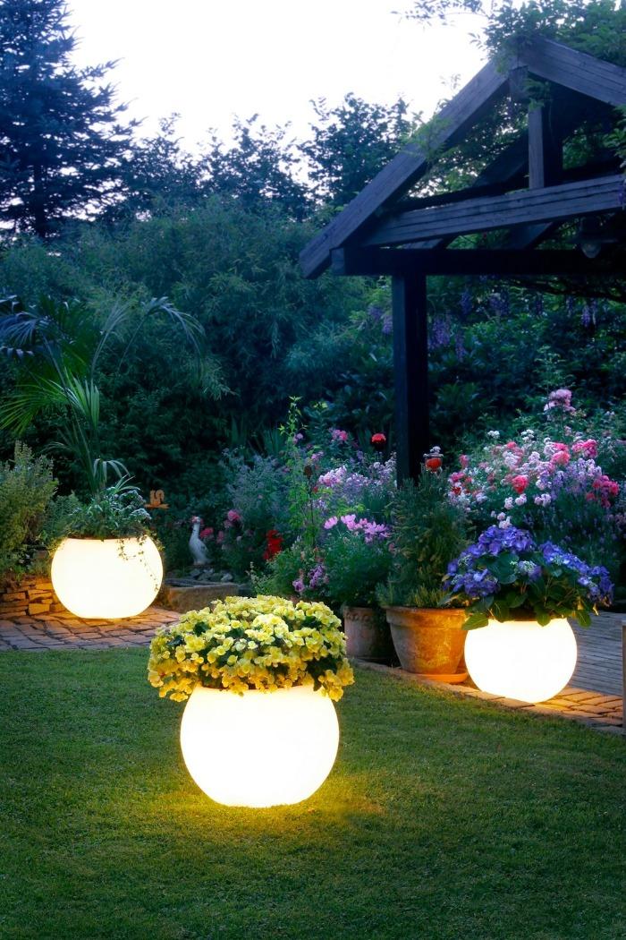 garden lighting ideas summer garden decor flower planters light