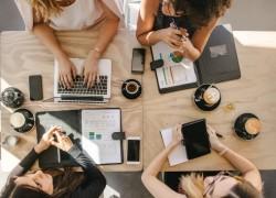 coworking women