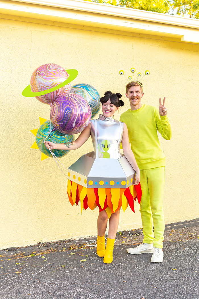 DIY-Halloween-costumes-ideas-Alien-of-the-Earth