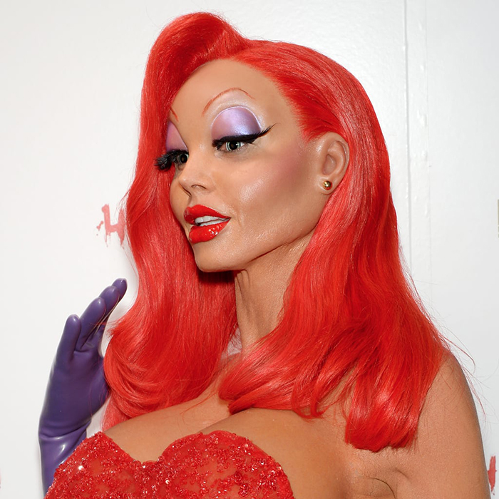 Queens of Halloween Heidi Klum as Jessica Rabbit red hair red lips strong make up
