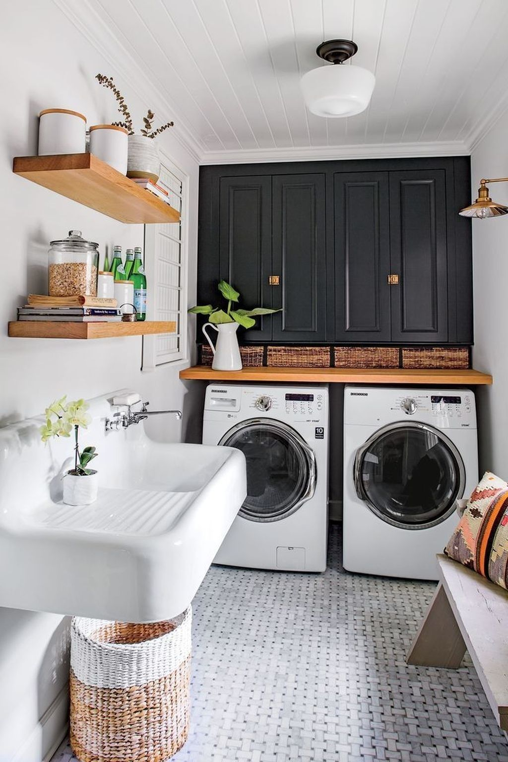 How To Maximize The Space In Your Laundry Room