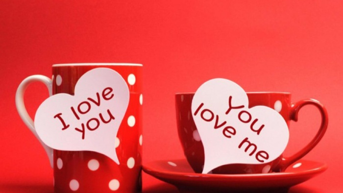 love message on red mugs with white dots
