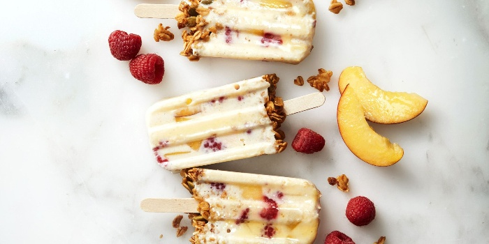 melba fruit popsicles for St. Valentine's day